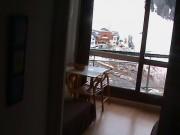 loue studio+balcon plein sud au pieds des pistes