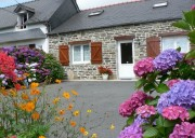 Location de PLEYBEN centre FINISTERE