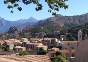 Location appartement F2 à Piana – centre du village