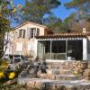 Villa provençale en bord de rivière avec piscine
