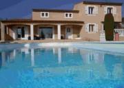 Bastide avec piscine sécurisée  en Provence