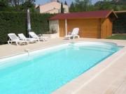 villa avec piscine dans parc naturel des Alpilles