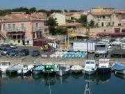 aout – loue 2 pièces meublé bord méditerranée